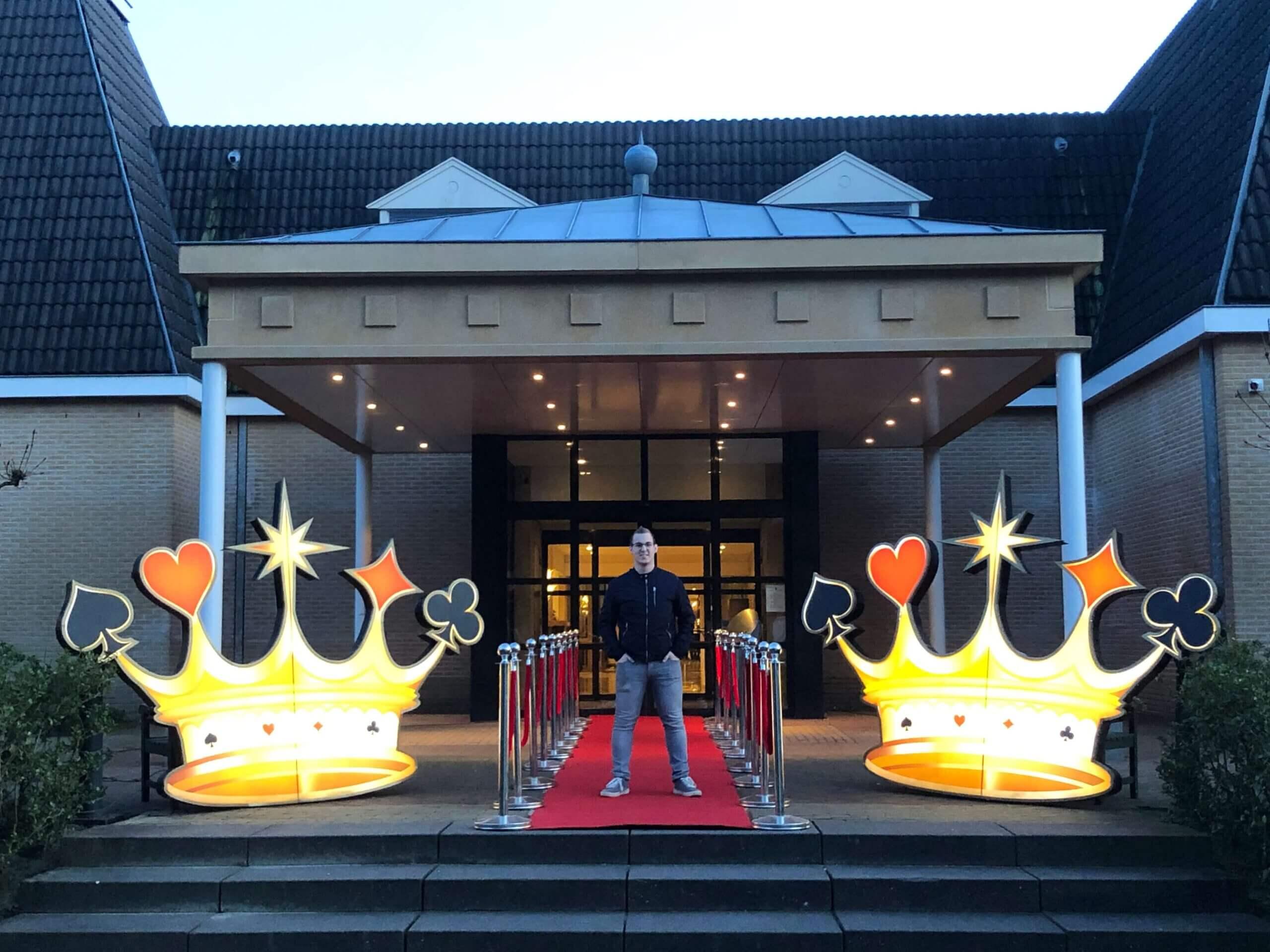 Casino Kroon verlicht