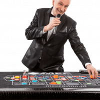 Michael Grey zingend roulette chips